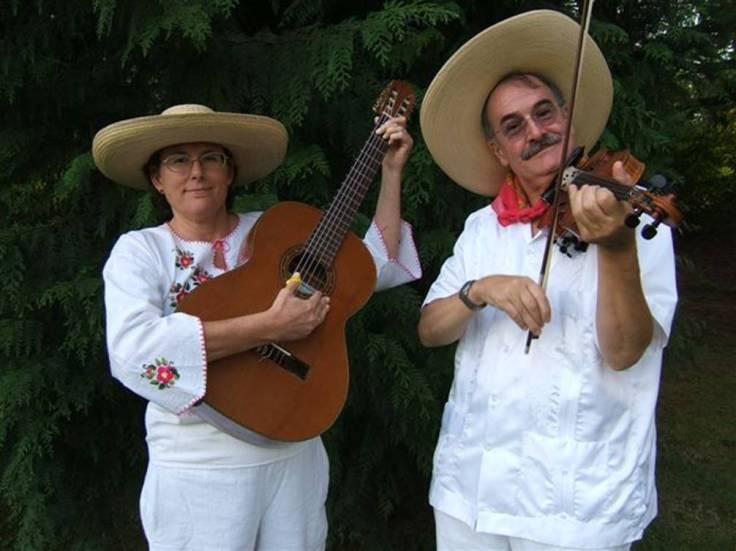 Los-Gringos-Calentanos-album-photo-Tina-Paul